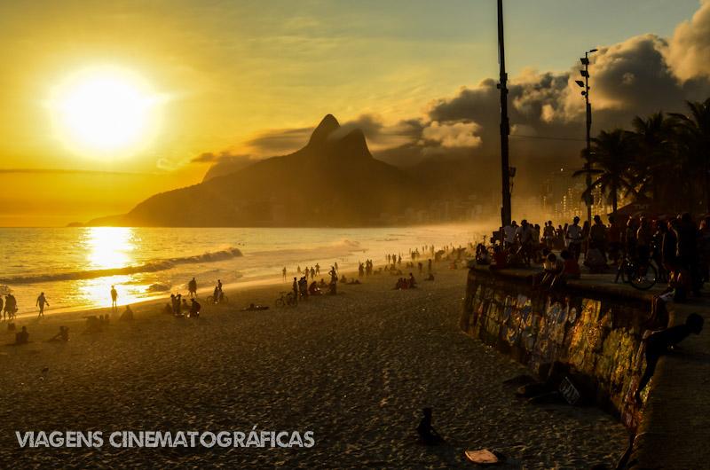 Melhores Praias do Rio de Janeiro - Pôr do Sol no Arpoador: programa imperdível no Rio de Janeiro