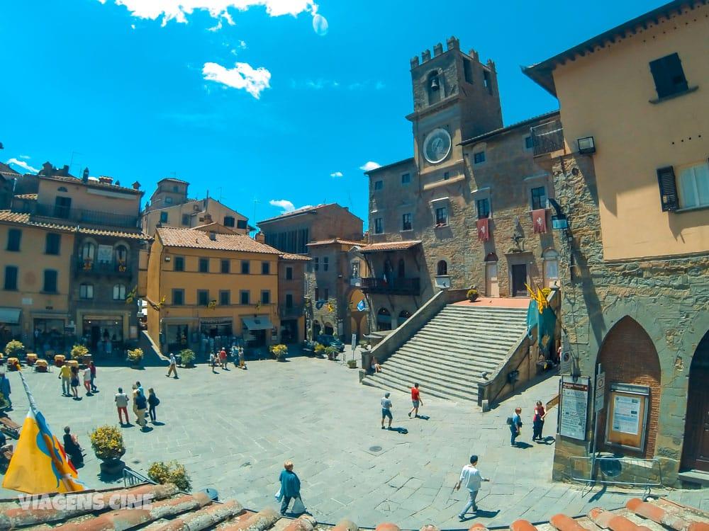 Os 10 Melhores Filmes de Viagem na França e Itália: Sob o Sol da Toscana