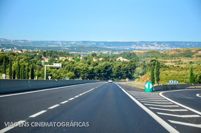 Viajando de carro na Provence