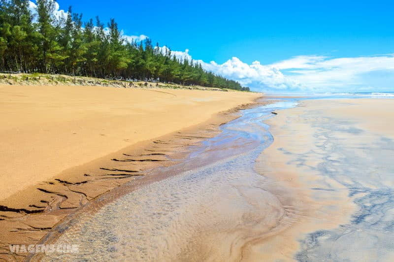 Melhores Praias do Espírito Santo: Praia do Bosque na Ilha de Guriri